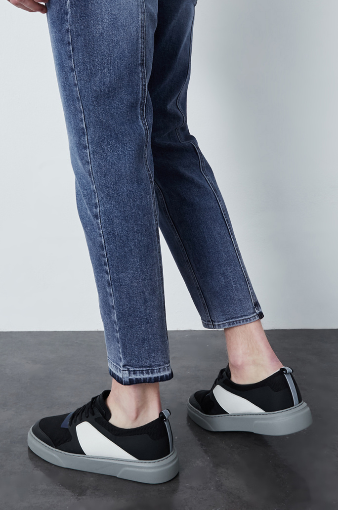 Seamline denim pants