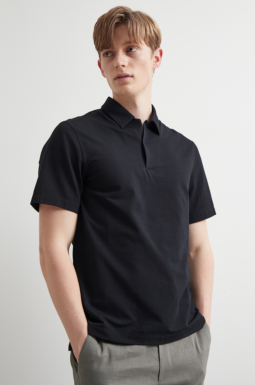 Seersucker collar t-shirt