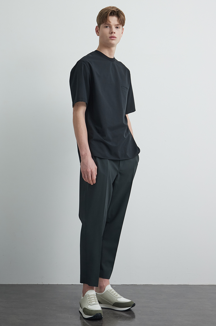 Pocket round neck t-shirt