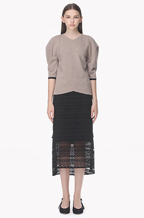 Layered step hem lace skirt