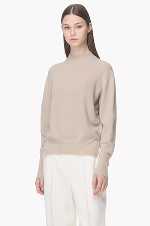 Cashmere blend slit point knit sweater