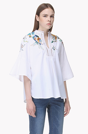 Embroidery eyelet lace shirt