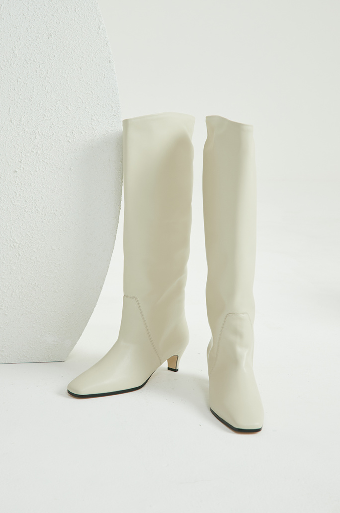 Square long toe boots