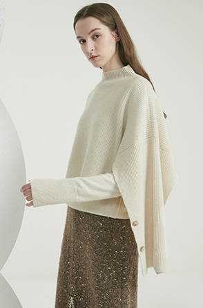Cashmere knit top & knit shawl
