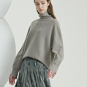 High neck cashmere knit top
