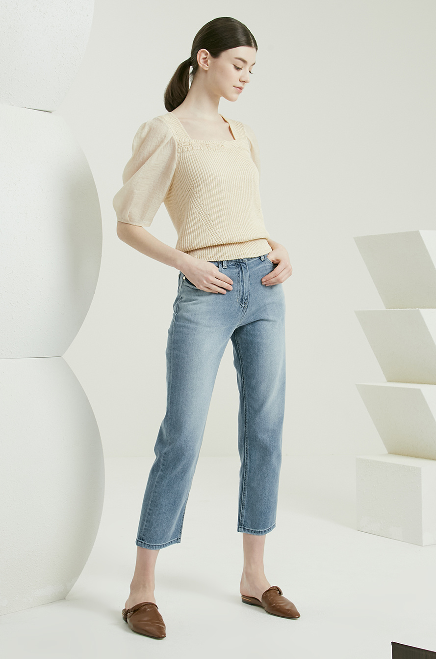 Puff sleeve knit top