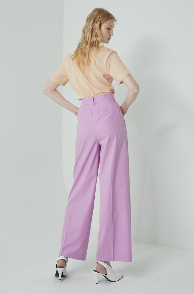 One tuck wide pants