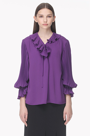 Pleat bishop sleeves ruffle collar blouse