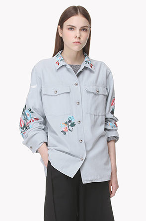 Flower embroidered utillity jacket