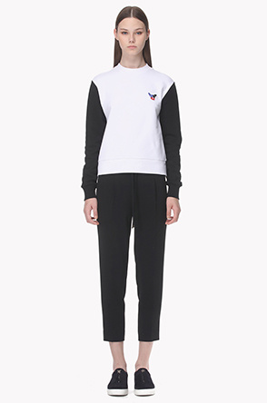 [ETRE CECILE] Two tone back lettering sweatshirt